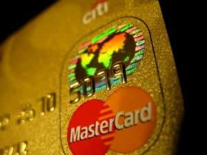 carte bancaire mastercard gold pour louer une voiture avec assurance